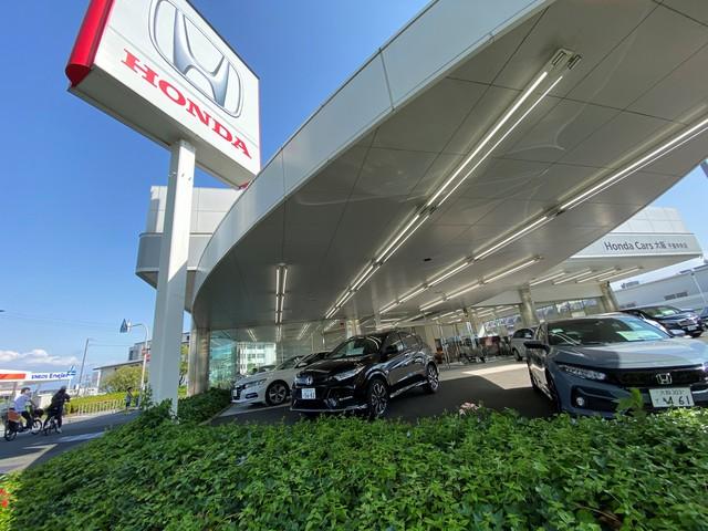 Honda Cars 大阪 千里中央店の写真