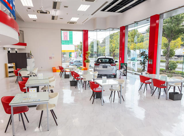Honda Cars 大阪 枚方東店の写真