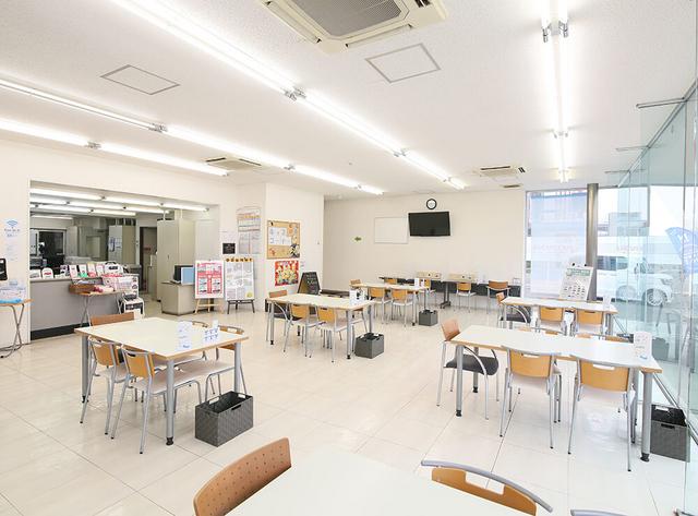 Honda Cars 大阪 豊中西店の写真