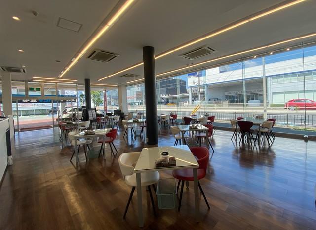 Honda Cars 大阪 堺北店の写真