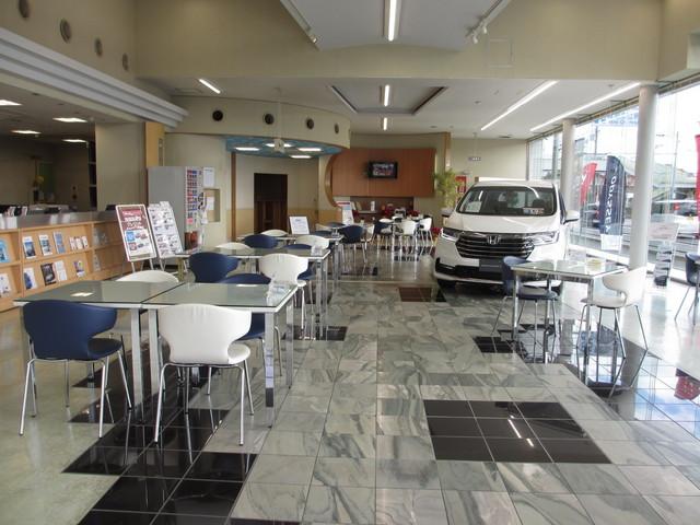 Honda Cars 大阪 箕面東店の写真
