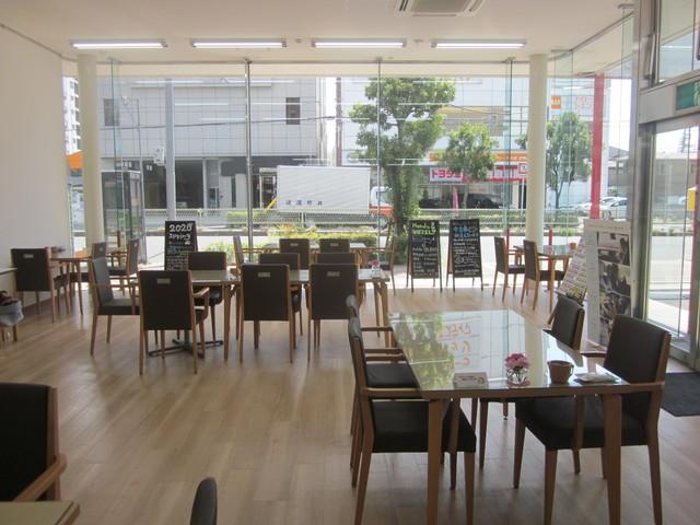 Honda Cars 大阪 生野店の写真