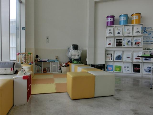 Honda Cars 茨木 南茨木店の写真